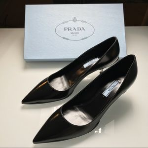 BRAND NEW Prada Black Pumps GENUINE Leather Sz 8